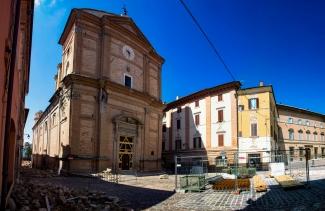 Camerino, la zona rossa a sei mesi dal sisma avvenuto il 26 ottobre 2016 (fot. Paolo Morassi)